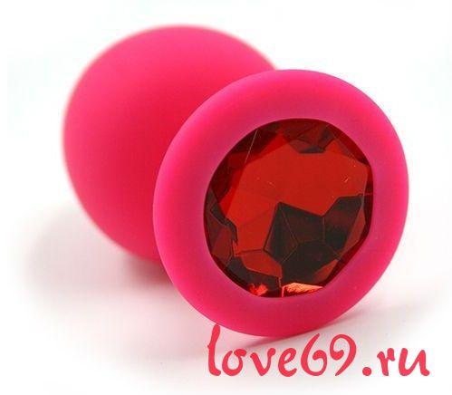 Розовая силиконовая анальная пробка с красным кристаллом - 8,3 см.