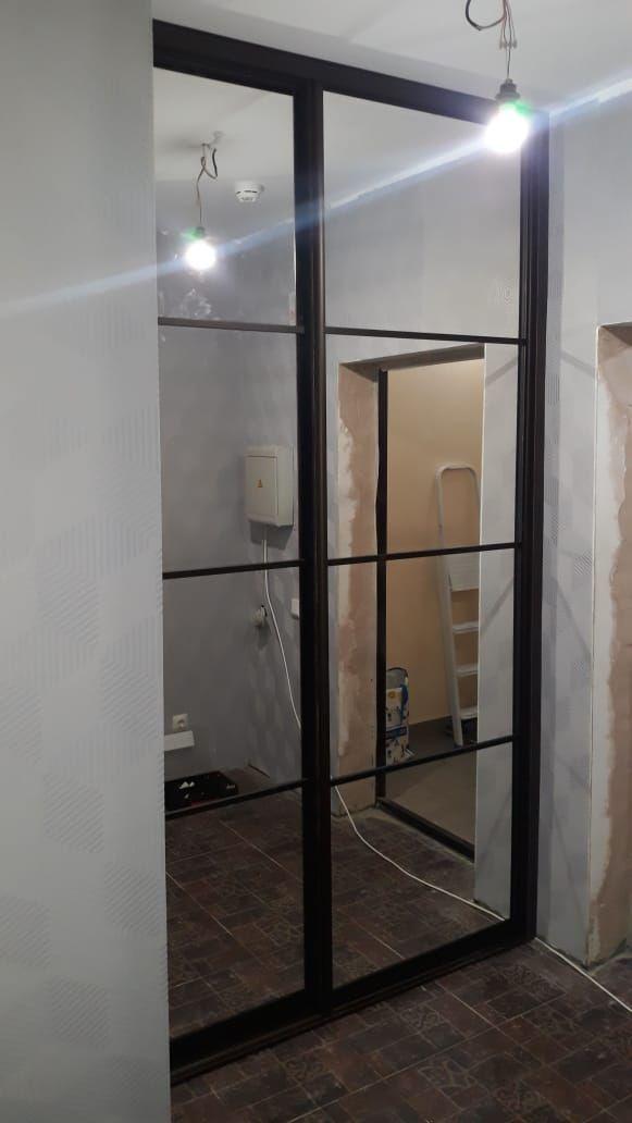 Встроенный шкаф купе в нише. Цена 22 500 рублей, yg-22500