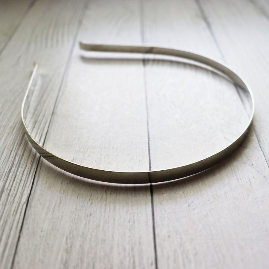 Основа для ободка металлическая, цвет серебро