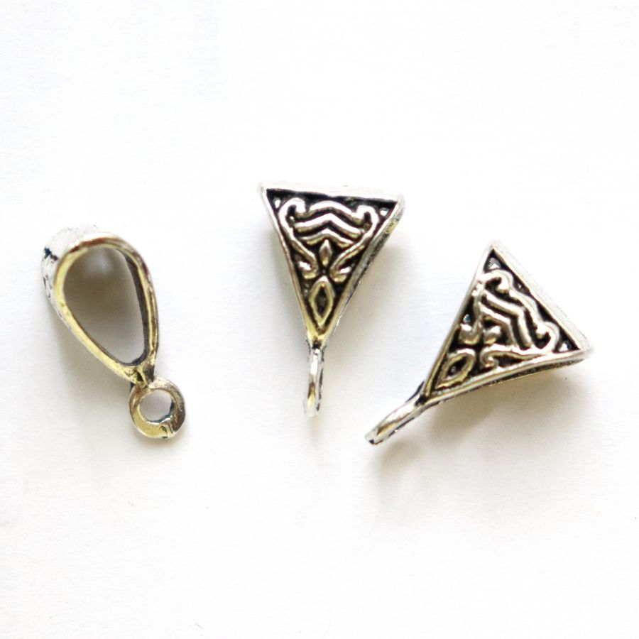 Бейл литой,треугольник, тибетское серебро, 15 мм, 4 шт/упак