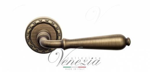 Дверная ручка Venezia Classic D2 матовая бронза