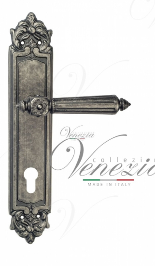 """Дверная ручка Venezia """"CASTELLO"""" CYL на планке PL96 античное серебро"""