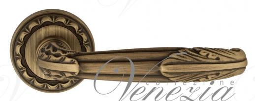 """Дверная ручка Venezia """"ANGELINA"""" D2 матовая бронза"""