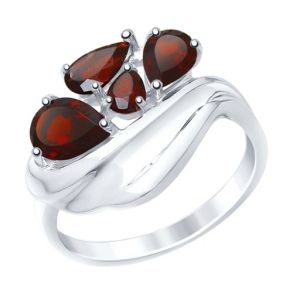 Кольцо из серебра с гранатами 92011443 SOKOLOV