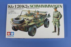 Немецкий автомобиль - амфибия SCHWIMMWAGEN, с тремя фигурами.  (Очень давно не выпускался)