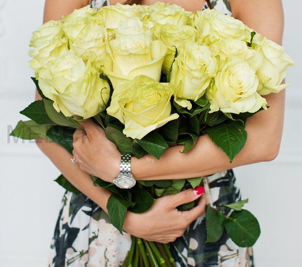 Букет из роз 25 шт, Эквадор (белые)