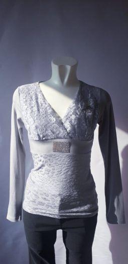 Блузка женская серая