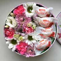 Цветы и рафаэлло
