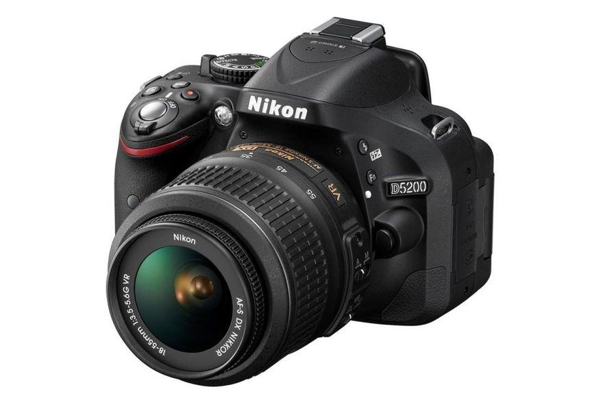 Nikon D5200 kit 18-55 VR II