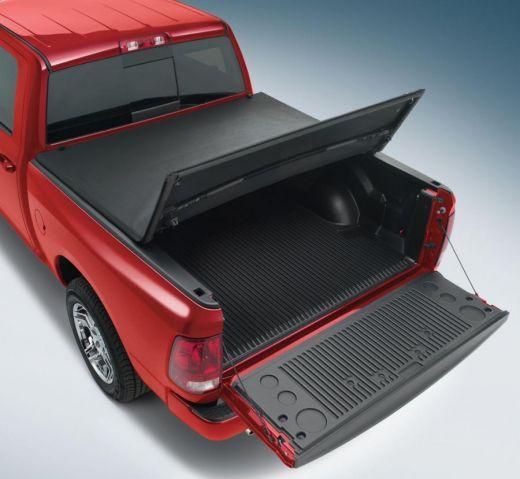 Крышка виниловая 3 секции DLA Toyota Tundra CrewMax 2007-2013г.,2014г.+ длина 5.5ft (~167,64см)