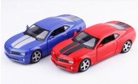 Металлическая модель автомобиля chevrolet camaro ss 2010 масштаб 1:38 красная