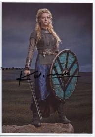 Автограф: Кэтрин Уинник. Викинги  / Vikings
