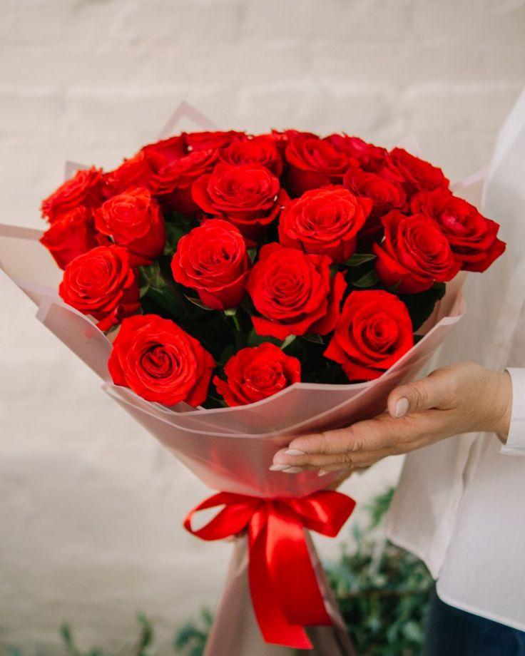 "Букет цветов из 25 роз ""Нина Декор"""