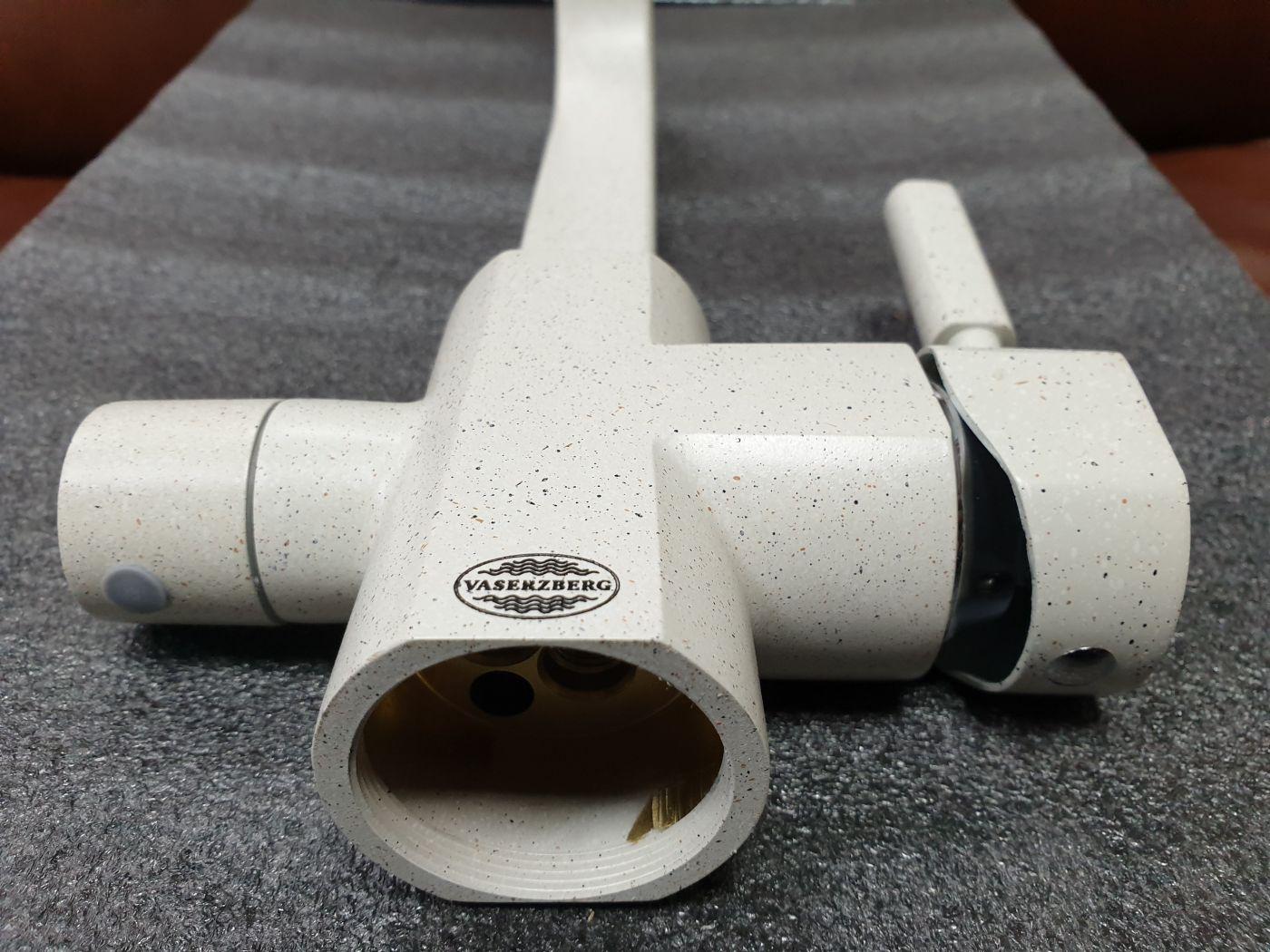 Vaserzberg VS-1905B Смеситель для кухни с выходом под фильтр