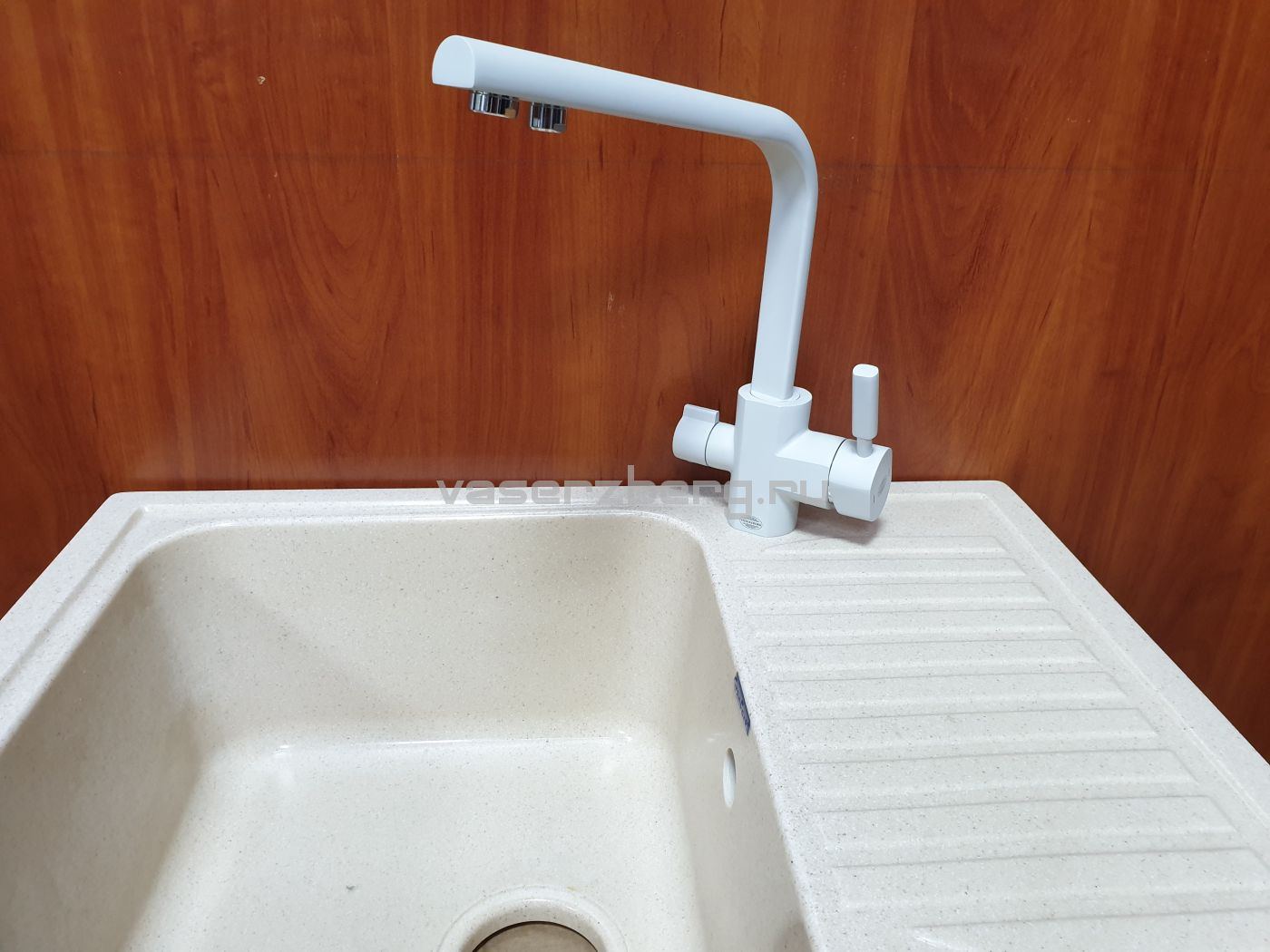 Vaserzberg VS-1905W Смеситель для кухни с выходом под фильтр