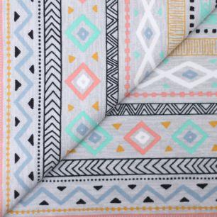 Лоскут трикотажной ткани Серый с индейским узором