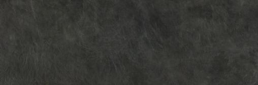 Lauretta black wall 02