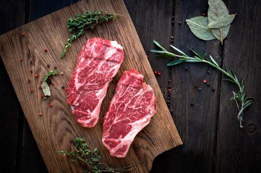 Чак ролл стейк из мраморной говядины (1 кг)