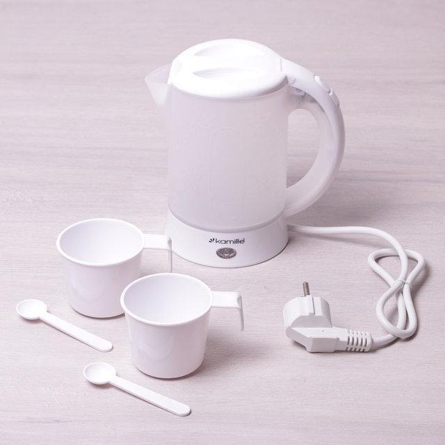 Чайник 0.6л электрический пластиковый, белый-матовый c чашками и ложками дорожный Kamille