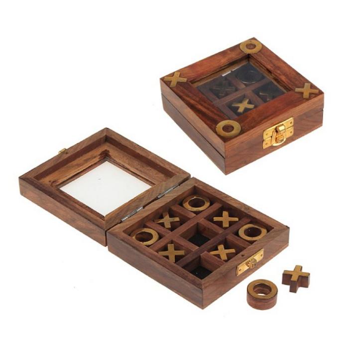 Крестики-нолики  в деревянной коробке