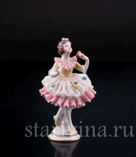Изображение Девочка, кружевная, миниатюра, Volkstedt, Германия, вт. пол. 20 в.