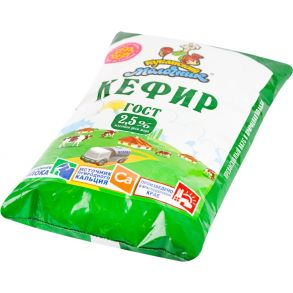 Кефир кубанский молочник 2.5%, 0.9
