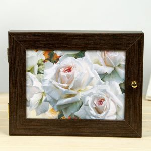 "Ключница ""Бутоны белых роз"" Мини Венге 18х23 см 4127397"