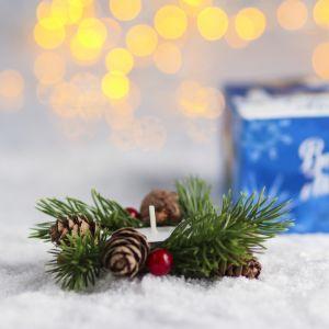 Свеча в венке «С Рождеством Христовым!»