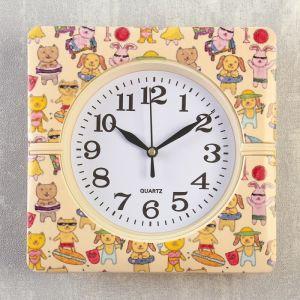 """Часы настенные, серия: Классика, """"Зверьки на пляже"""", 19х19х3 см   4156401"""