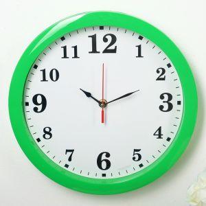 "Часы настенные ""Классика"", арабские цифры, зелёный обод, 28х28 см"