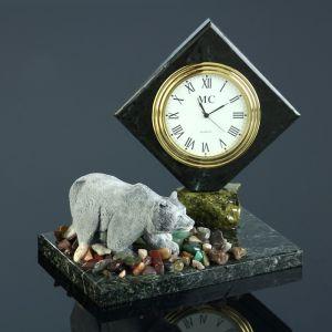 """Часы """"Медведь"""", змеевик, мрамолит 4260173"""