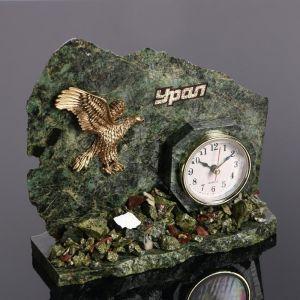 """Часы """"Орёл"""", змеевик   4655880"""