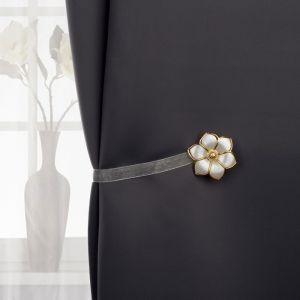 Подхват для штор «Цветок», d = 5,5 см, цвет белый