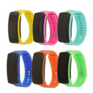 """Часы наручные детские """"Блик"""", электронные, с силиконовым ремешком, циферблат 5х2 см, микс 2319269"""