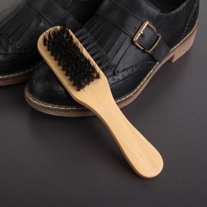 Щётка для одежды и обуви трёхсторонняя, деревянная с ручкой, 17?5,5?4,5 см