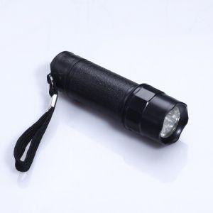 """Фонарик ручной """"Корона"""", 8 LED, чёрная ручка, 3 ААА, 10.3 ? 2.8 ? 2.8 см 1134480"""