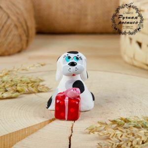 Сувенир ковровская глиняная игрушка «Собачка с подарком»   2719719