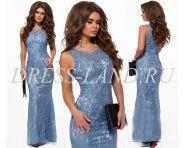 Голубое кружевное вечернее платье