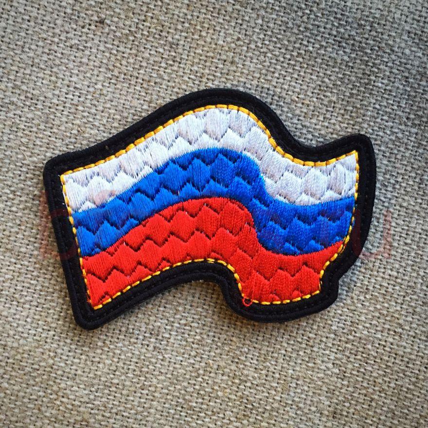 Флаг России развивающийся