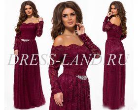 Бордовое кружевное платье в пол
