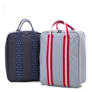 Компактная вместительная сумка для путешествий