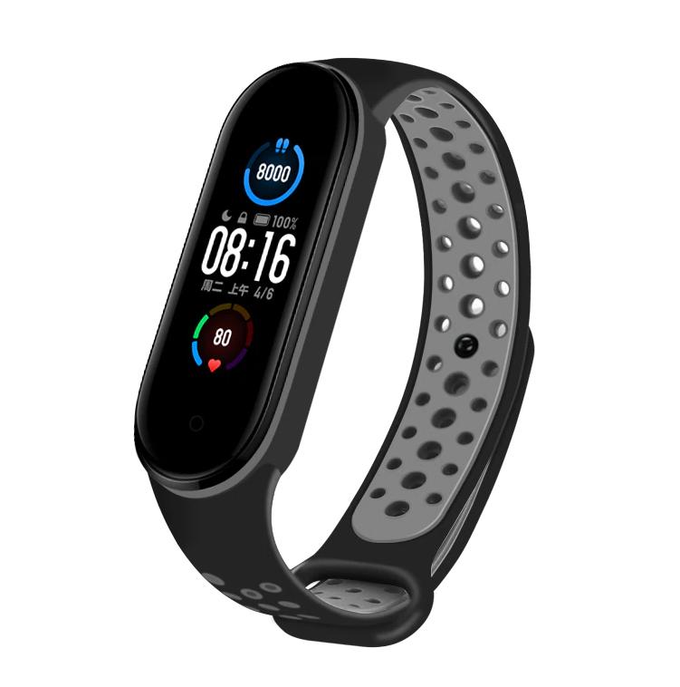 Спортивный ремешок на фитнес-браслет Xiaomi mi band 5/6 ( черно-серый )