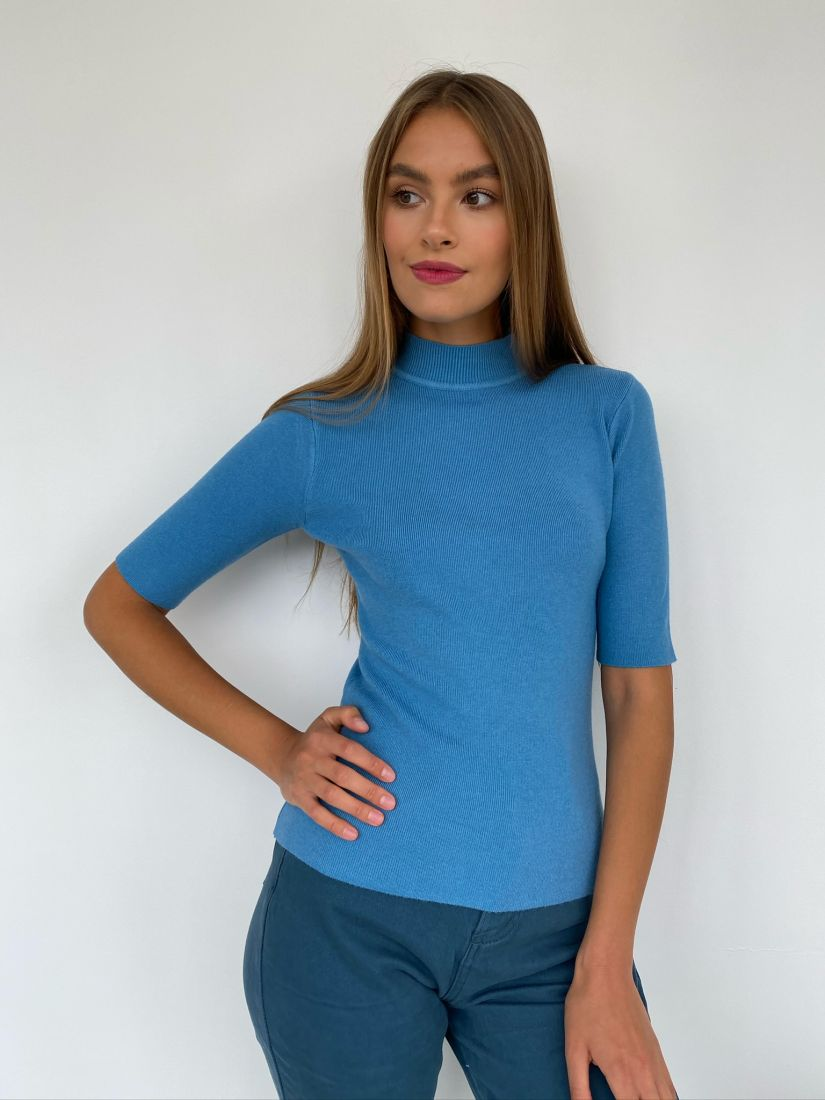 s2381 Тонкий свитер с коротким рукавом голубой