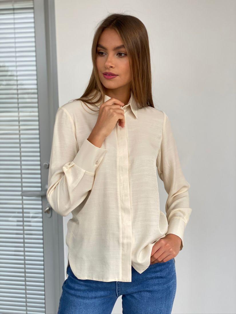 s2437 Рубашка с супатной застежкой в цвете айвори