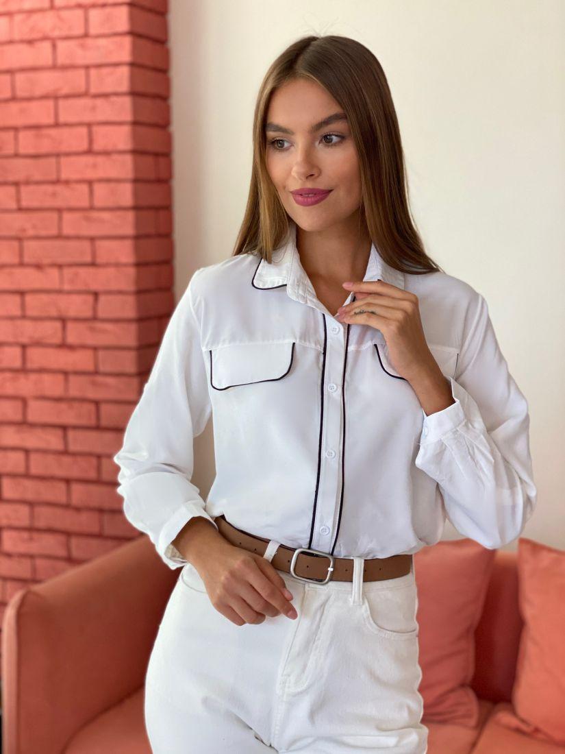 s2528 Рубашка белая с контрастной отделкой