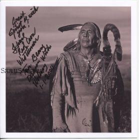 Автограф: Флойд «Ред Кроу» Уэстермен. Танцующий с волками. Редкость