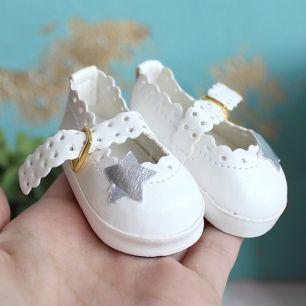 Обувь для кукол 6,5 см - сандалики белые со звездочкой