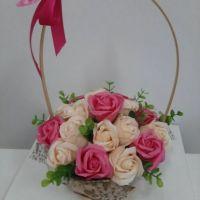 Корзинка с мыльными розами