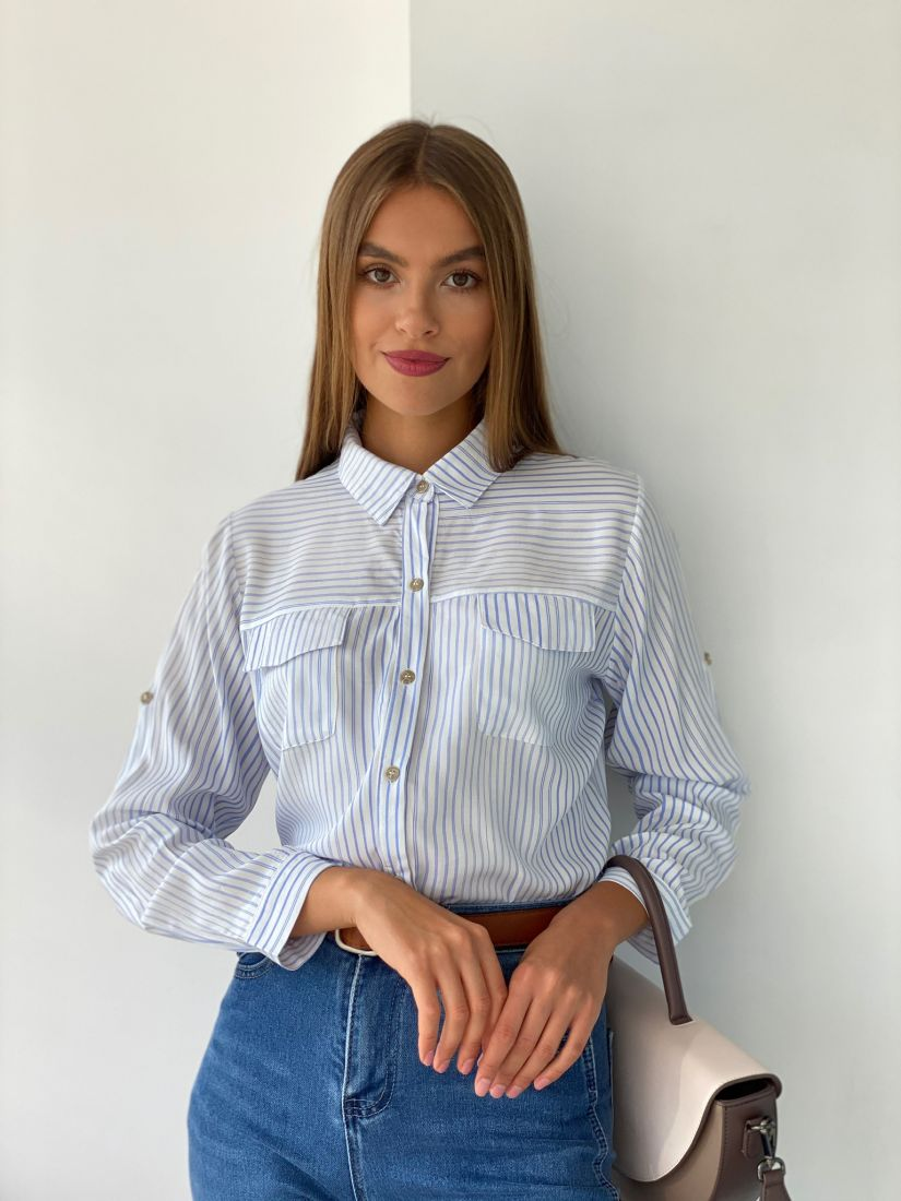 s2560 Рубашка в голубую полоску