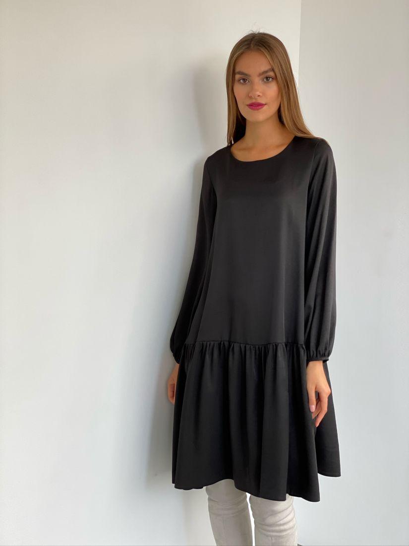 s2569 Чёрное свободное платье с воланом